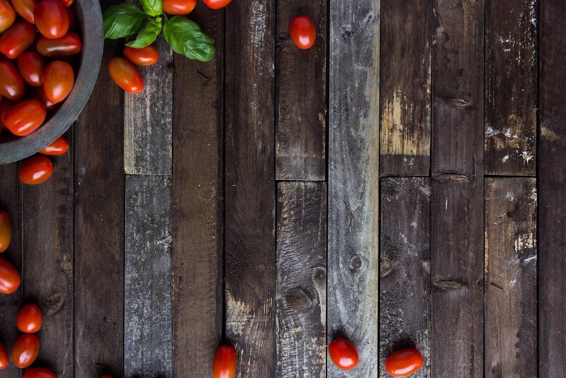 cherry-tomatoes-794468_1920.jpg
